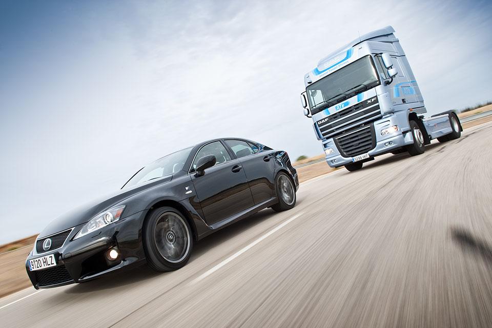 Lexus vs DAF