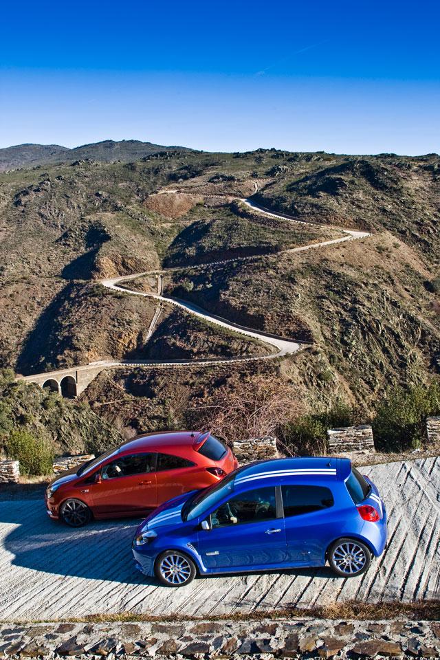 Opel Corsa OPC vs Renault Clio Gordini