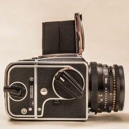 09-Hasselblad-500-CM