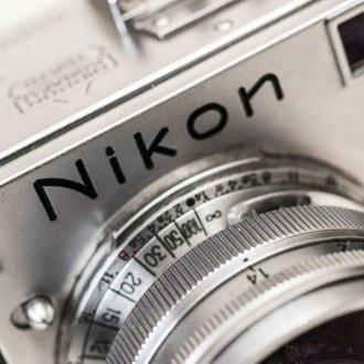 Nikon-S
