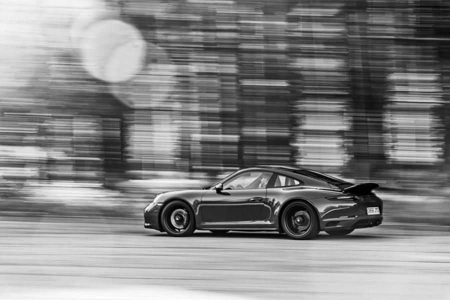Porsche 911 Carrera 4 GTS para Automóvil.
